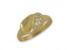 Златен пръстен с овален елемент и циркони