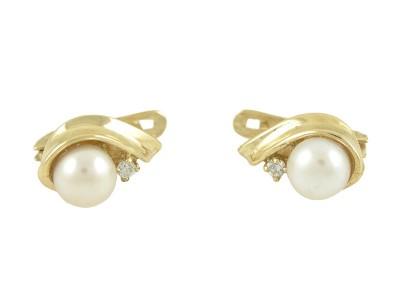 Елегантни обеци с бяла перла