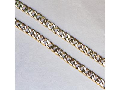 Плътен златен синджир в класическа плетка